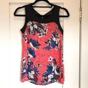 Romeo + Juliet Couture Black & Orange Floral Top